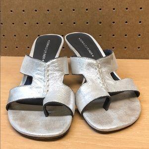 Donald J Pliner Vonna Heel Sandals sz 6.5